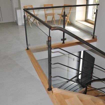 Hall d'entrée et accés à l'étage
